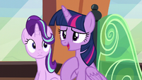 "Twilight ""I think they're more happy"" S6E1"