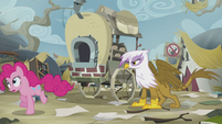 Pinkie runs off to find Rainbow S5E8