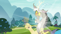 Discord pops into the middle of Ponyville S7E12