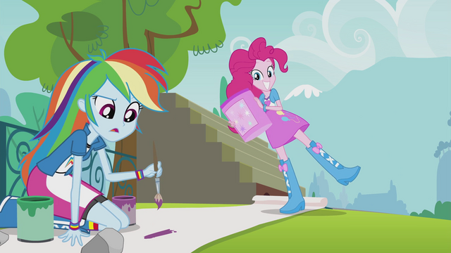 File:Pinkie holding container of glitter EG2.png