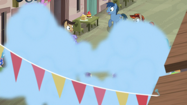 File:Trixie setting off another smoke bomb S6E25.png