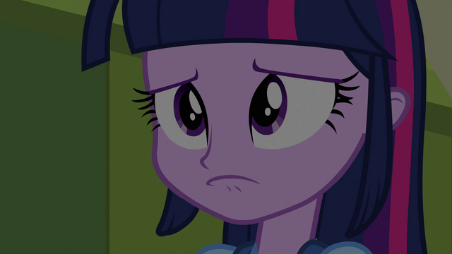File:Twilight Sparkle pouts EG.png