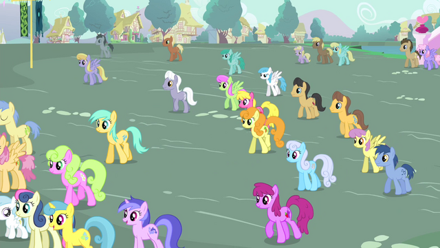 File:Townsponies walking S4E13.png