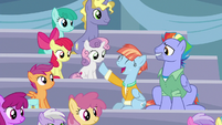 Windy Whistles excited to watch Rainbow perform S7E7