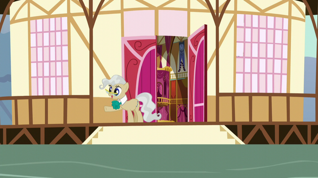 File:Mayor Mare waving to the Mane Six S5E19.png