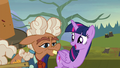 "Twilight ""so glad you agreed to do this"" S5E23.png"