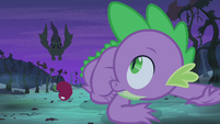 Flutterbat diving toward Spike S4E07