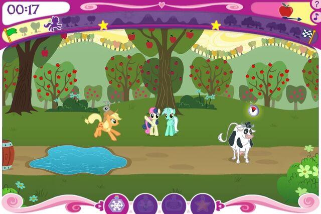 File:RiM Earth pony race Sweetie Drops and Lyra Heartstrings.jpg