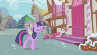 Twilight walking past Sugarcube Corner S1E03