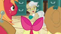 "Mayor Mare ""Bright Mac asked me to meet him"" S7E13"