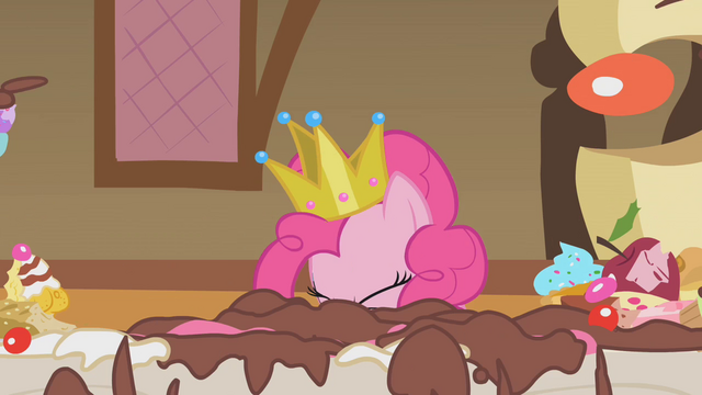 File:Pinkie Pie stuffs her face with cake S1E10.png