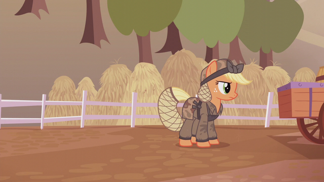 File:Applejack about to get back to work S5E25.png