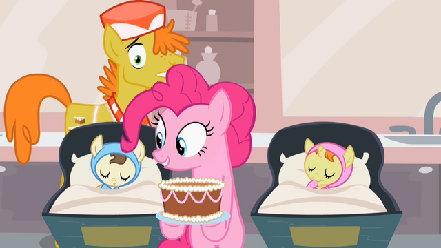 File:Pinkie Pie holding cake S2E13.png