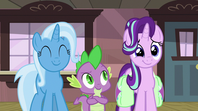 File:Trixie and Starlight filled with pride S7E2.png