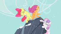 Cutie Mark Crusaders mountain climbing S1E18