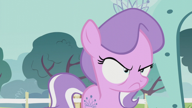 File:Diamond Tiara looking very annoyed S5E18.png