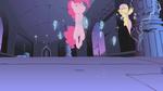 Pinkie Pie floating S01E02