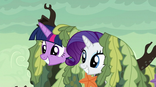 File:Twilight and Rarity poke their heads out of the seaweed S6E5.png