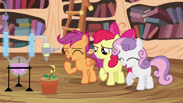 File:Scootaloo and Sweetie laughing S4E15.png