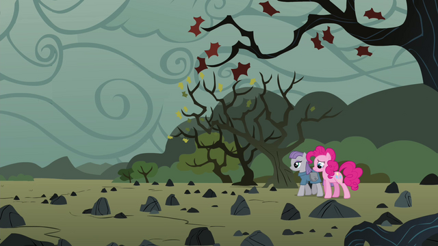 File:Pinkie and Maud reach the rock farm S4E18.png