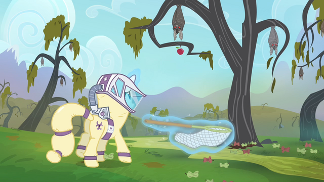 File:Rarity in a hazmat suit S4E07.png