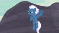 "Night Glider ""stand back, everypony!"" S5E2.png"
