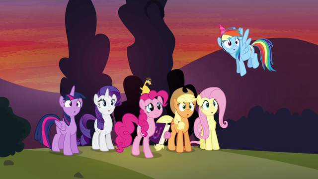 """File:Pinkie Pie """"never did get that pony's name"""" S4E12.png"""