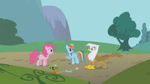 File:Pinkie, Rainbow, and Gilda talking S1E05.png