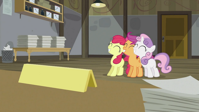 File:CMC smiling together S2E23.png