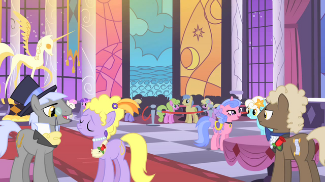 File:Ponies at the gala S1E26.png
