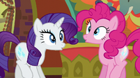 Rarity and Pinkie's cutie marks glow S6E12