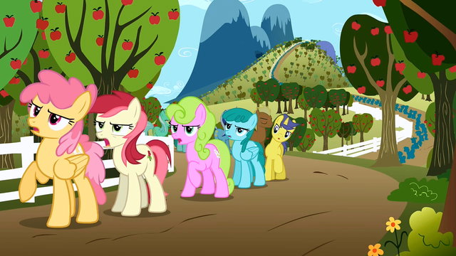 File:Everypony complaining S02E15.png