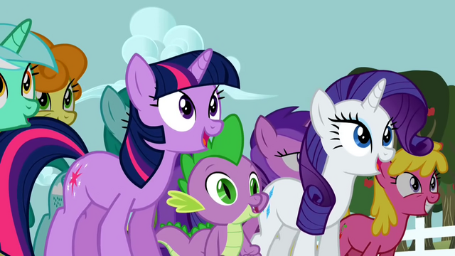 File:Twilight, Spike and Rarity dancing S2E15.png