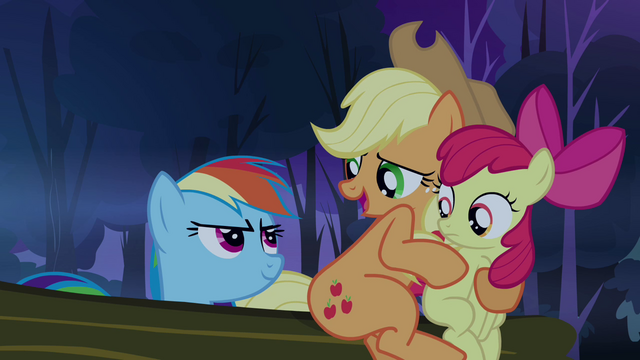 File:Applejack 'So where's its brain' S3E06.png