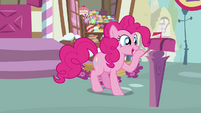 Pinkie Pie looks inside the mailbox 3 S3E07