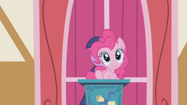 File:Pinkie Pie heh S01E04.png