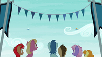 Ponies watching Spitfire and Fleetfoot S6E7