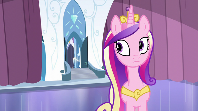 File:Cadance looks at the door S6E2.png