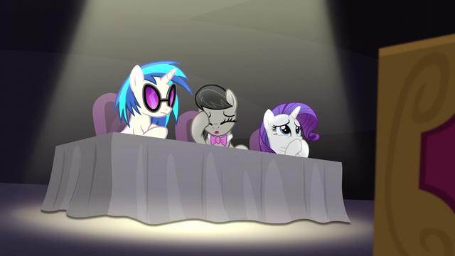 File:DJ Pon-3, Octavia, and Rarity disapprove S5E4.png