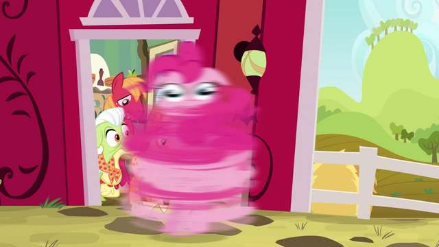 "File:Pinkie Pie ""best family twirl ever!"" S4E09.png"