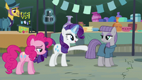 "Rarity ""go stand behind it"" S6E3"