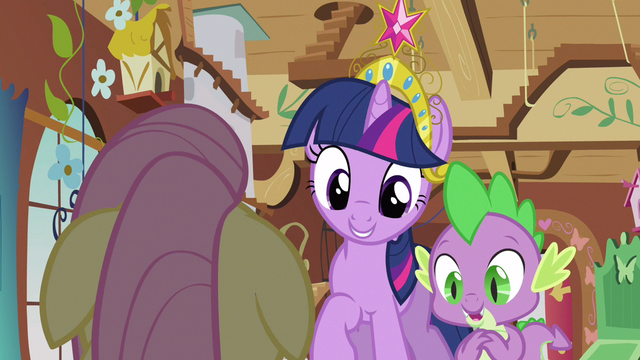 File:Twilight Fluttershy look S3E13.png