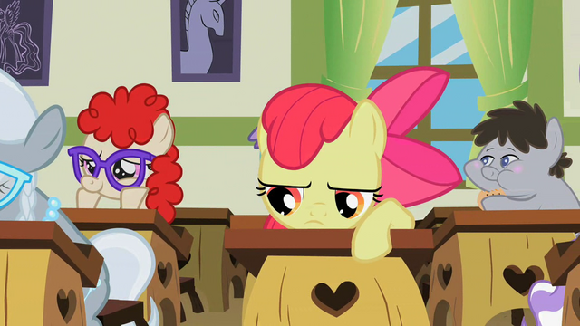 File:Bored Apple Bloom S2E12.png