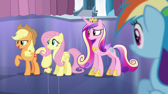 File:Applejack 'C'mon, girls!' S6E2.png