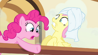 Pinkie Pie pointing down S4E14