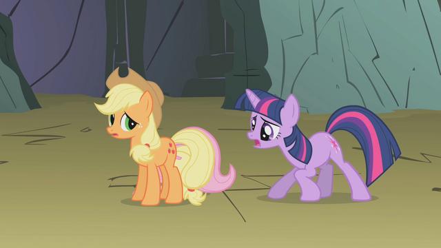 File:Twilight talks to hiding Fluttershy S1E07.png
