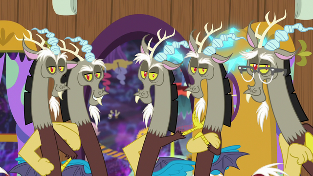 File:Five Discord duplicates standing together S7E12.png