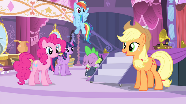 File:Applejack 'get Sweet Apple Acres all ready' S4E13.png