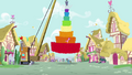 Pinkie with a giant pinata S4E12.png