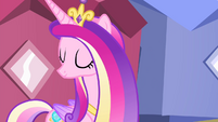 Cadance nods head S4E11